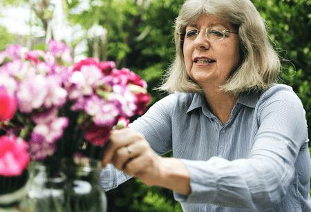 senior17Kopie Vereniging voor oud-medewerkers NN (VO-NN) - Wegwijzer gepensioneerden